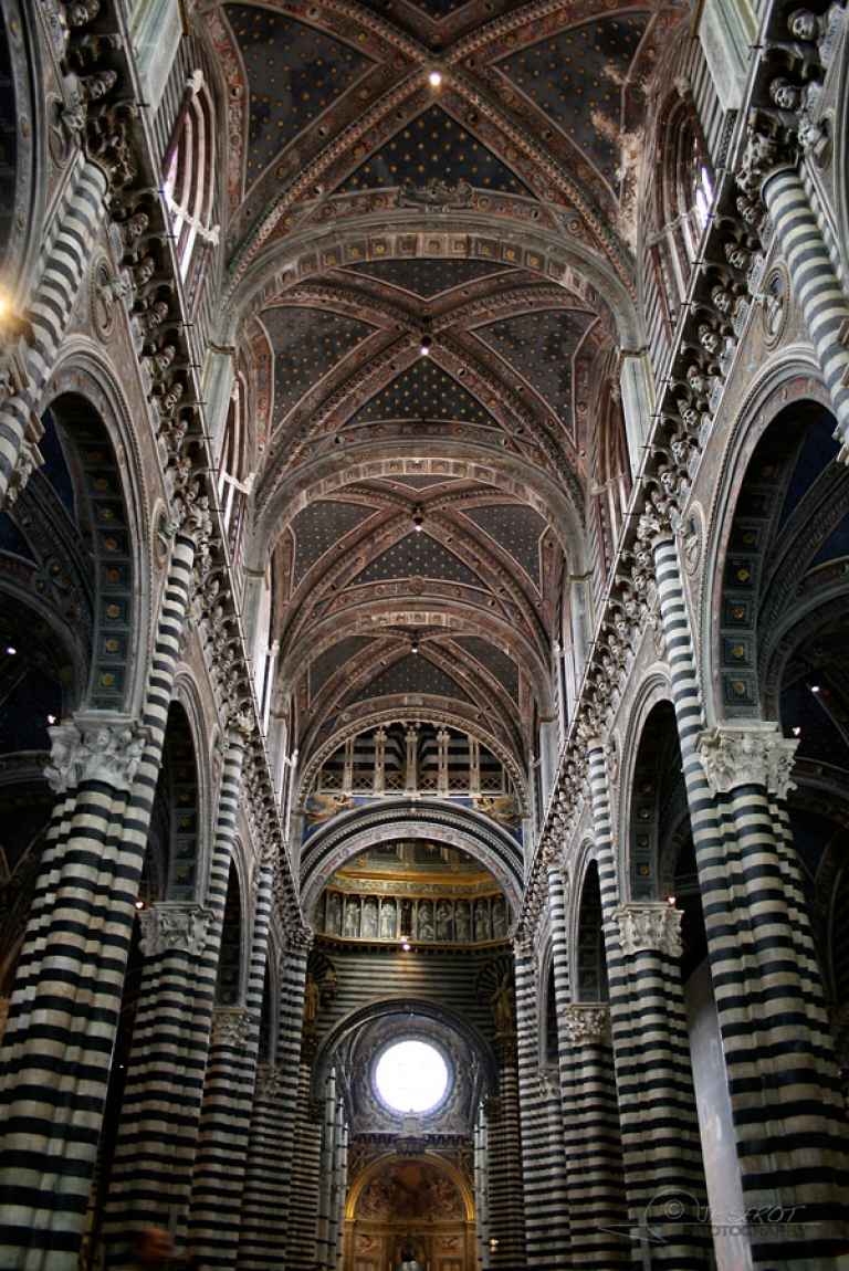 La Cathédrale Notre-Dame-de-l'Assomptionde, Sienne – Italie