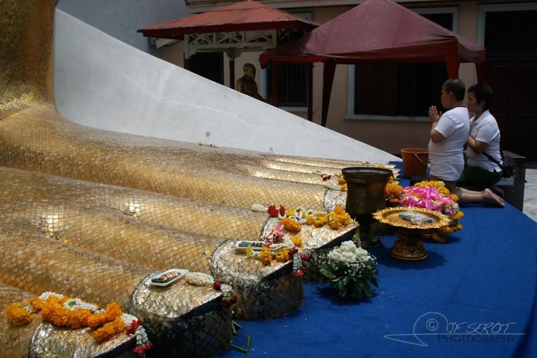 Offrandes à bouddha – Thaïlande