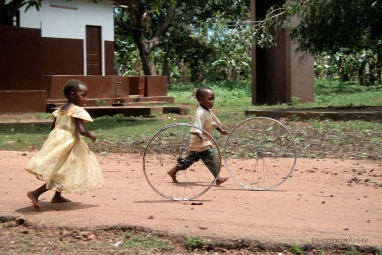 Jouer – Tanzanie