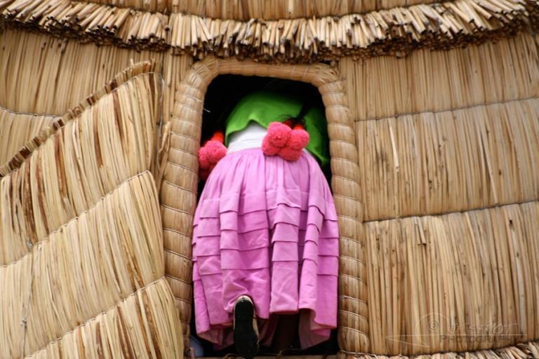 A l'abri, îles Uros – Pérou