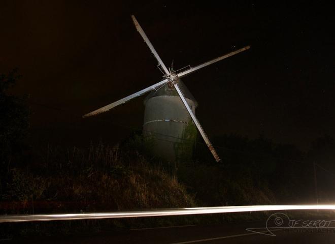 Moulin à vent nocturne – France