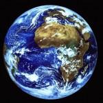 Notre maison, la Terre – (Vue par Meteosat, document colorisé de l'ESA)