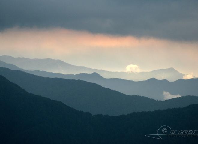 Entre vallée et brouillard – Népal