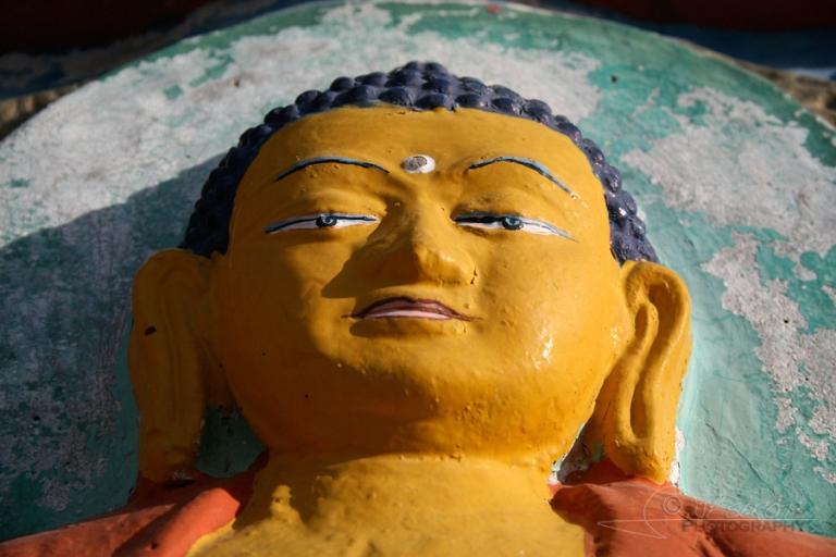 Bouddha sur Chörten – Inde