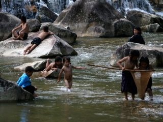 Jouer dans l'eau – Viêt Nam