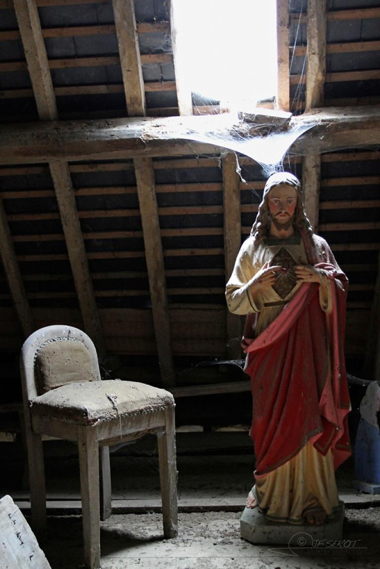 A la droite de Jésus – France