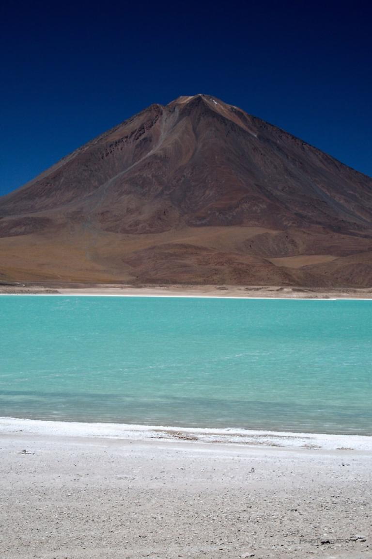 Volcan Licancabur et Laguna azul – Bolivie